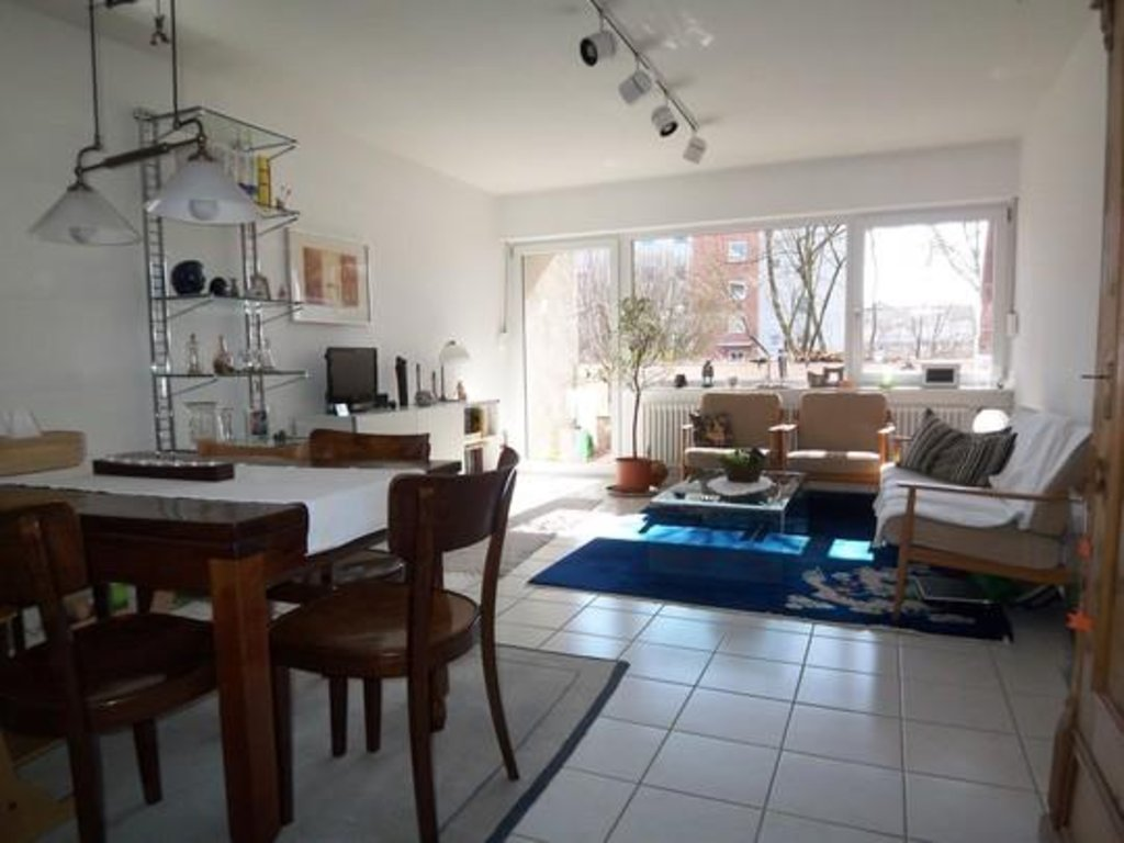 Отличная 2-комнатная квартира в городе на эльбе под дрезденом, фрг
